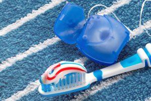 Jak uniknąć próchnicy zębów? 5 wskazówek, które pomogą Ci uniknąć choroby zębów