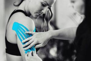 Kinezjotaping – dlaczego sprawdza się jako metoda fizjoterapeutyczna?
