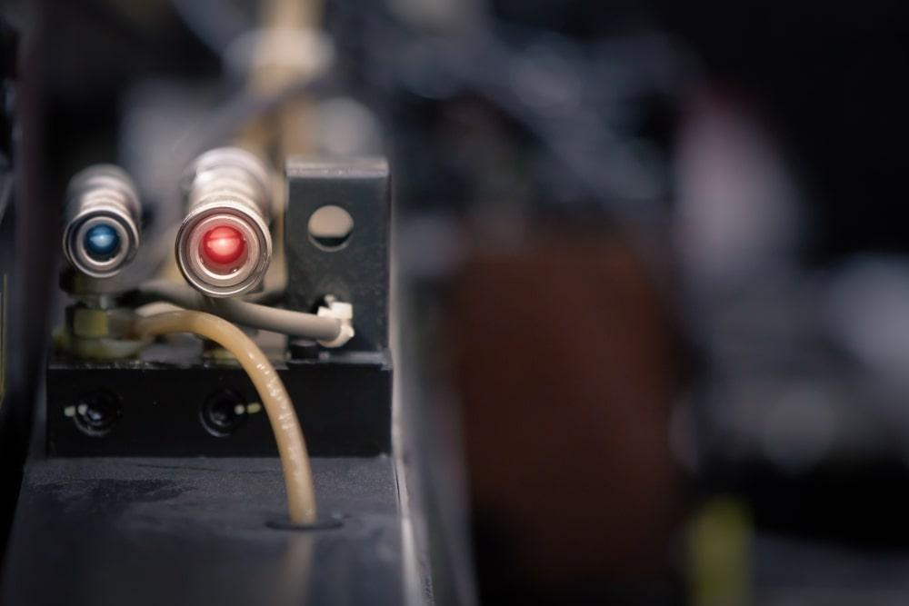 Czujniki fotoelektryczne – zasada działania i zastosowanie