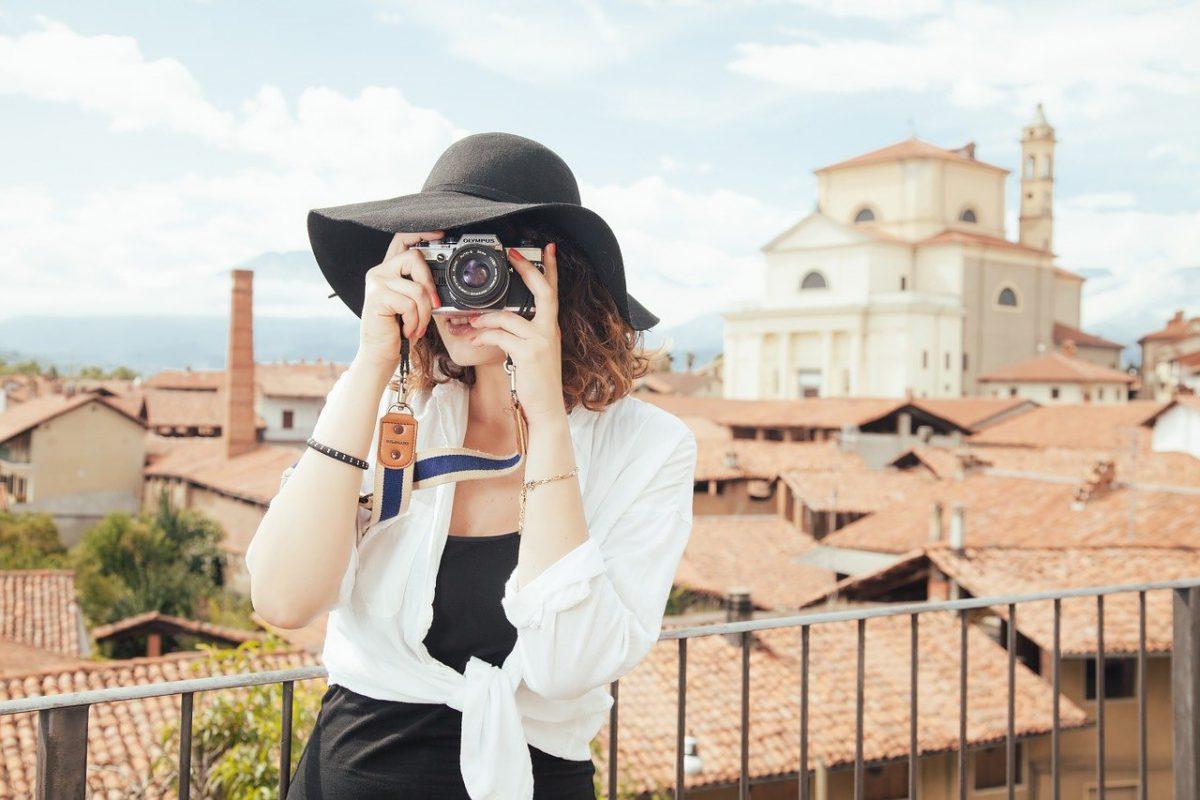 Moda włoska – dlaczego warto wzbogacić o nią swój butik?