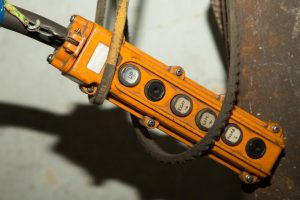 Wyłącznik linkowy – charakterystyka i zastosowanie